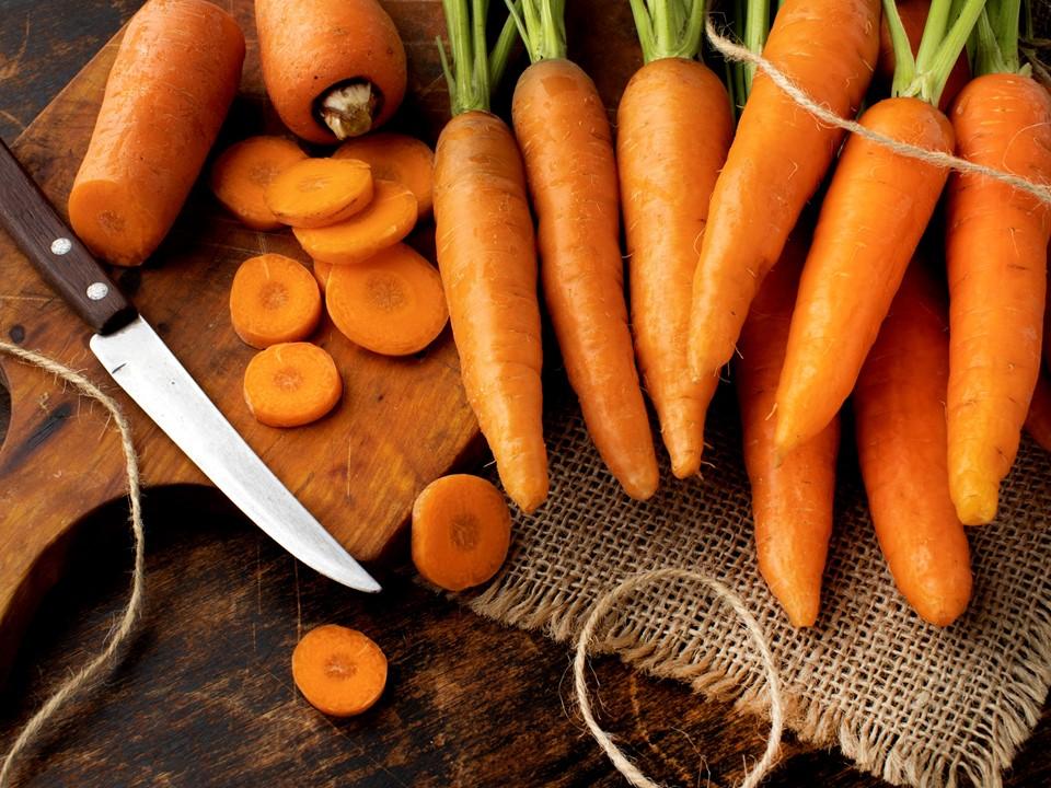 แครอท ผักสวนครัว
