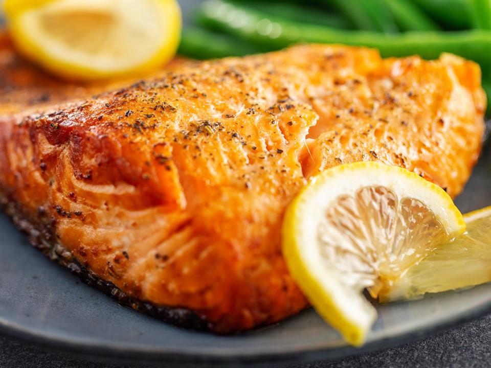 ปลาแซลมอน ย่าง