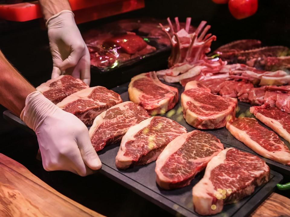 เนื้อวัว วัตถุดิบชั้นเลิศ ที่ร้านอาหารขาดไม่ได้